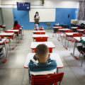 Câmara aprova projeto de lei que torna educação um serviço essencial