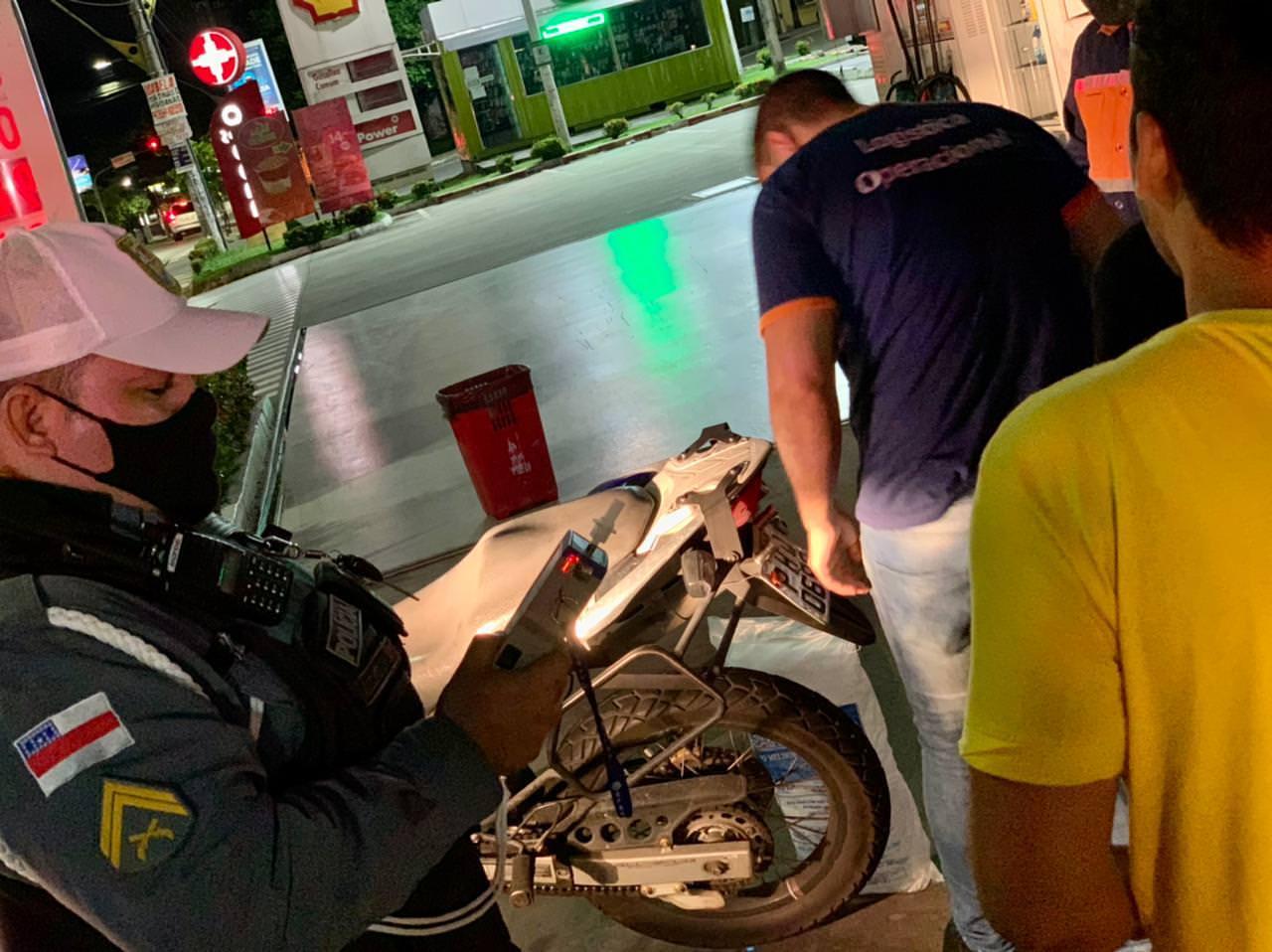 Fiscalização em Manaus impede 'rolezinho' e fecha festas clandestinas