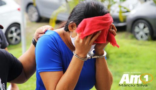 O caso da adolescente de 16 anos apreendida pelo envolvimento no homicídio do próprio pai, Adnaldo Farias de Souza, de 44 anos, teve um desdobramento inesperado. A morte teria sido encomendada pela própria companheira com quem a vítima mantinha um relacionamento há 18 anos. A filha do casal abriu a porta para que os assassinos entrassem e a mãe sabia de tudo. Foto : Márcio Silva/Portal AM1