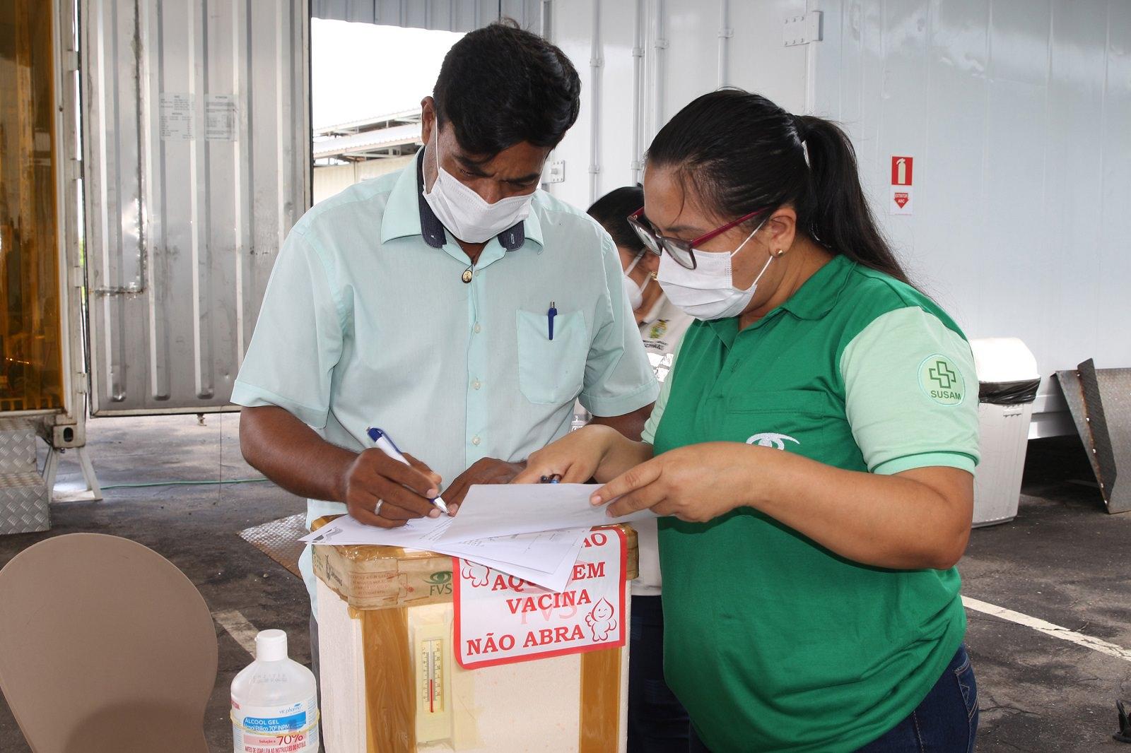 Interior do Amazonas recebe novas doses de vacina contra covid-19