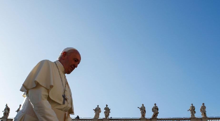 Papa Francisco chega ao Iraque em visita inédita a um país muçulmano