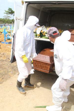 Covid: Amazonas registra 14 mortes e 489 novos casos em 24 horas
