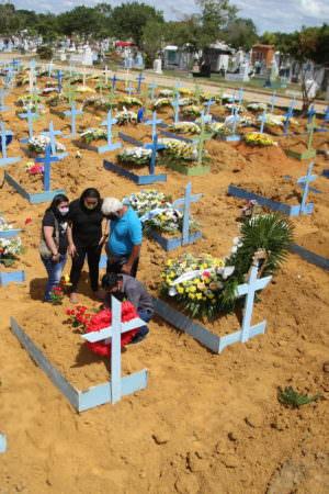 FVS registra mais 312 casos e 24 mortes por covid-19 no AM