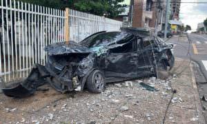 Alcoolizado motorista capota veículo e três pessoas ficam feridas em Manaus