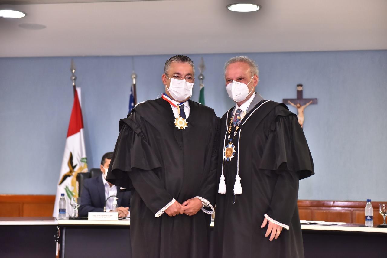 Josué Neto toma posse como conselheiro do Tribunal de Contas do Amazonas