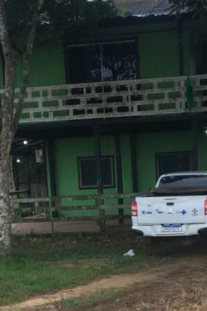 Veículo da Semsa é flagrado estacionado na casa do filho de secretário