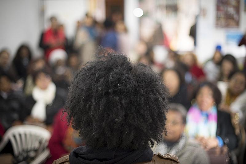 Cresce número de negros no serviço público; brancos ainda são maioria