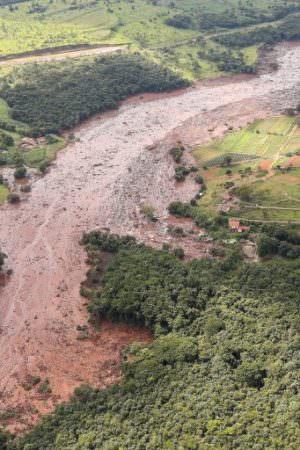 Comissão discute execução de acordo entre Vale e Minas Gerais sobre Brumadinho