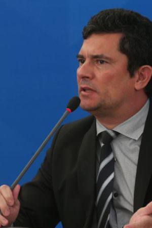 Pagamentos de empresa investigada por contratar Sergio Moro são suspensos pelo TCU