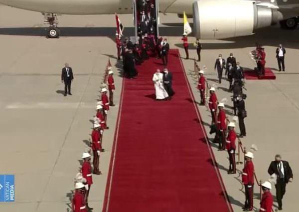 Papa Francisco pede pelo fim da violência no Oriente Médio em visita ao Iraque