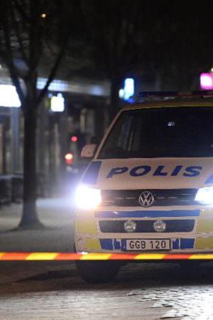 Ataque com faca deixa feridos na Suécia e polícia suspeita de terrorismo