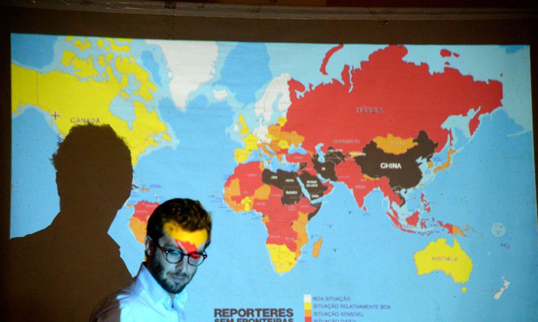 Brasil está na zona vermelha em ranking de liberdade de imprensa