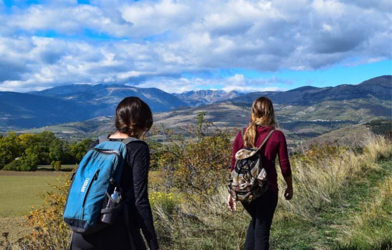 Covid-19: continuar viajando ou voltar para casa? Essa é a dúvida de mochileiros brasileiros