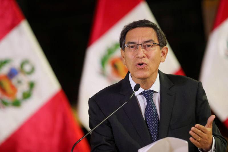 Ex-presidente do Peru é proibido de ocupar cargos públicos após furar fila da vacina
