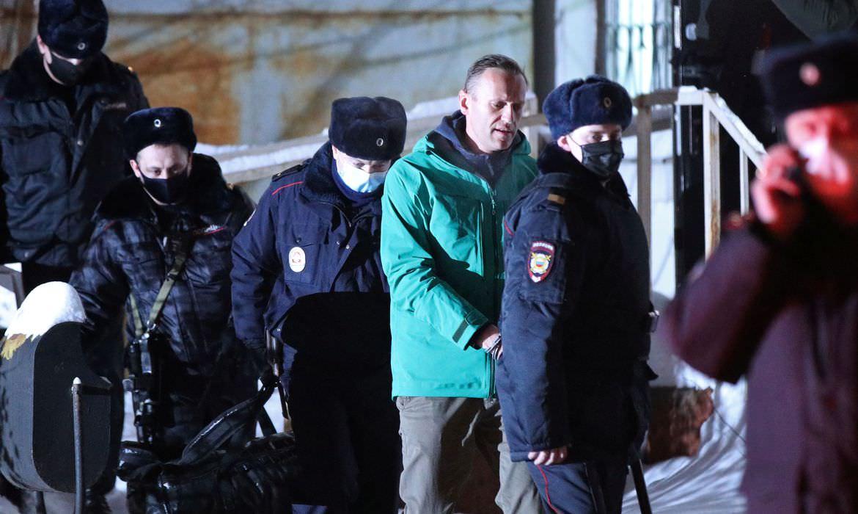 Polícia russa deteve mais de mil pessoas durante manifestação pro-Navalny