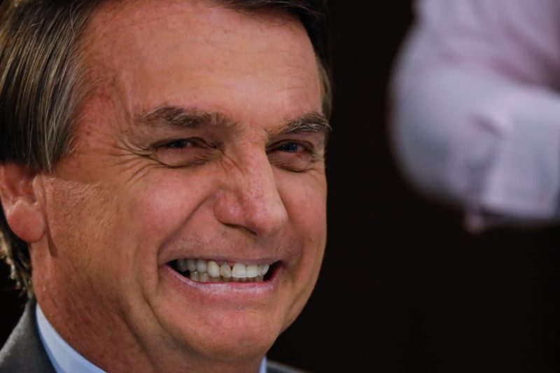 Homenagem a Bolsonaro na Aleam divide esquerda e direita no AM