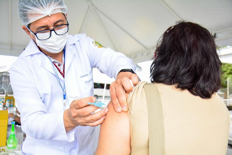 Cerca de 402 mil pessoas já foram vacinadas em Manaus