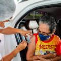 Com novo lote da AstraZeneca, Amazonas deve completar vacinação de idosos