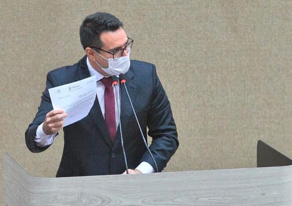 Rodrigo Guedes quer acabar com recesso de julho na CMM