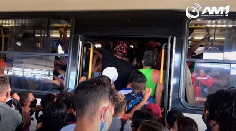 IMMU é cobrado na Câmara Municipal por aglomerações em ônibus de Manaus