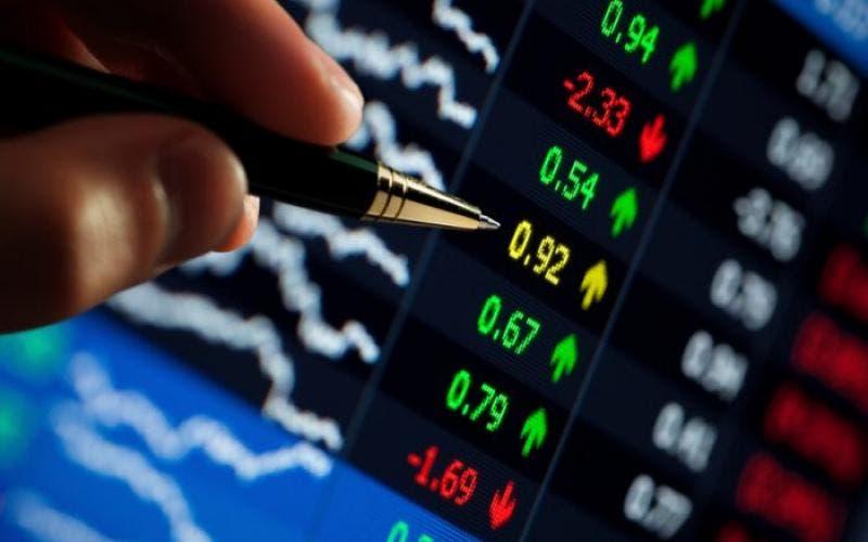 Em alta, bolsa de valores atinge maior nível desde janeiro
