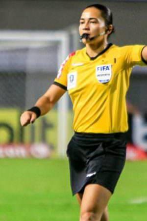 FIFA oficializa Edina Alves como árbitra nas Olimpíadas