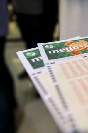 Mega-Sena acumulada sorteia hoje prêmio de R$ 22 milhões