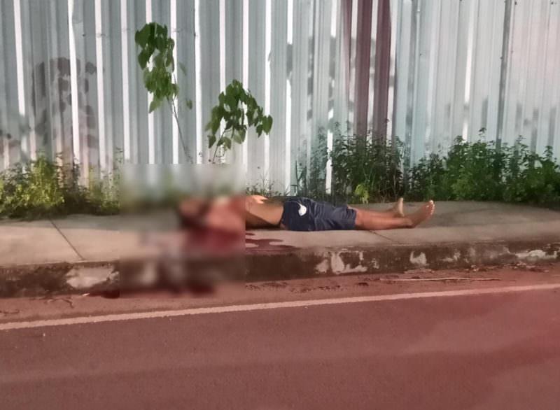 Jovem é executado no Distrito Industrial e morte é registrada em vídeo, em Manaus