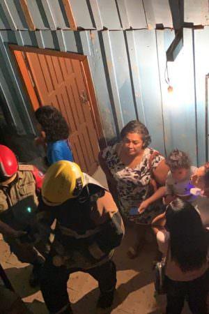 Feminicídio: homem mata esposa a facadas e ainda tenta queimar a vítima em Manaus