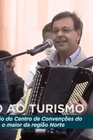 Deputados dão título de Cidadão Amazonense a ministro que confundiu Carrapicho com Kaoma