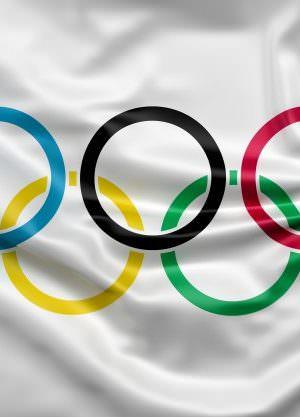 Médicos japoneses afirmam ser impossível realizar Olimpíadas de forma segura