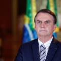 Bolsonaro chama de 'idiotas' pessoas que seguem o isolamento social