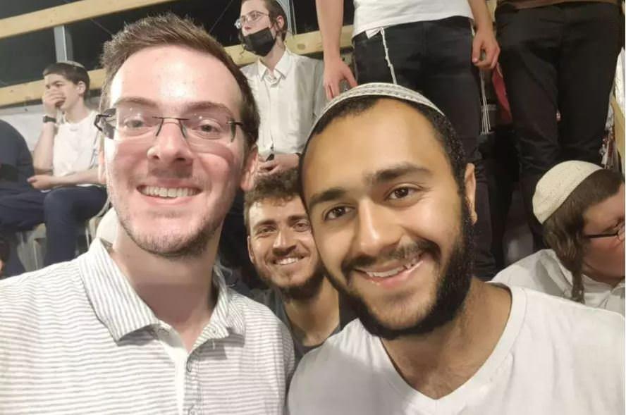 'Eu poderia ser um dos mortos', diz brasileiro que escapou de tragédia em Israel