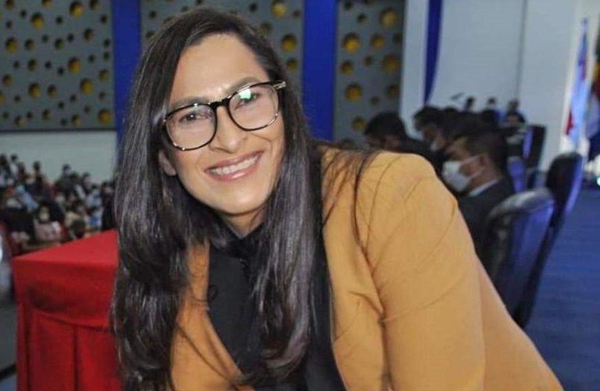 Prefeita de Coari paga R$ 2,7 milhões por um portal e uma praça
