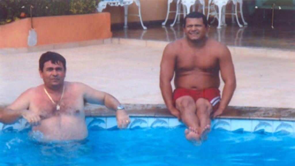 """Carlos e Fausto Souza, os """"Irmãos Coragem"""", são inocentados pelo TJ-AM após 11 anos"""